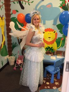 Come and have a photo taken with the toothfairy!